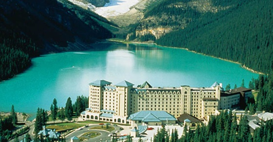 Fairmont Cau Lake Louise Luxury Lakeside Accommodation In Canadian Rockies