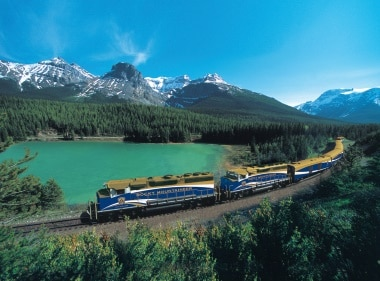 Rocky Mountaineer in the Canadian Rockies - Golf Canada's West