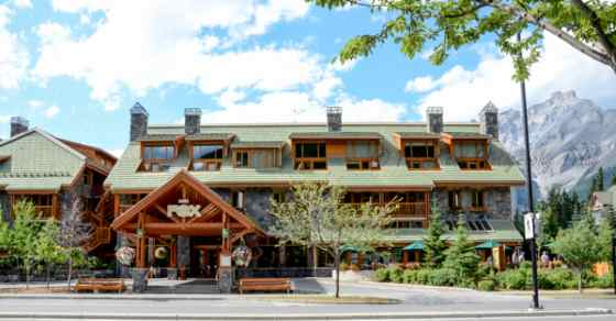 Fox-hotel-suites-banff