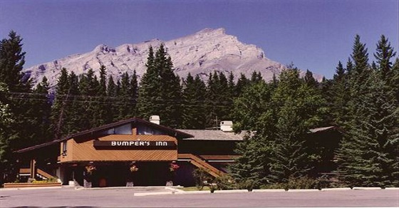 Bumpers Inn - Golfing in Banff if you haven't been to bumpers you haven't been to banff