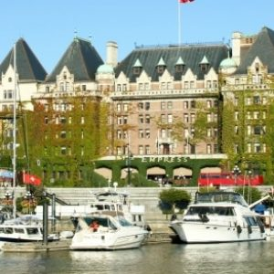 Three Great Victoria Golf Luxury Accommodations