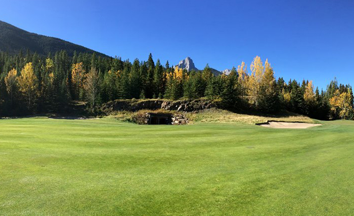 Photo of the Fairmont Banff Springs Golf Course.