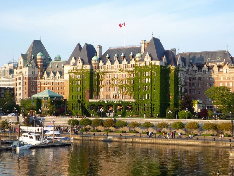 Golf vacation packages at Fairmont Empress Victoria BC