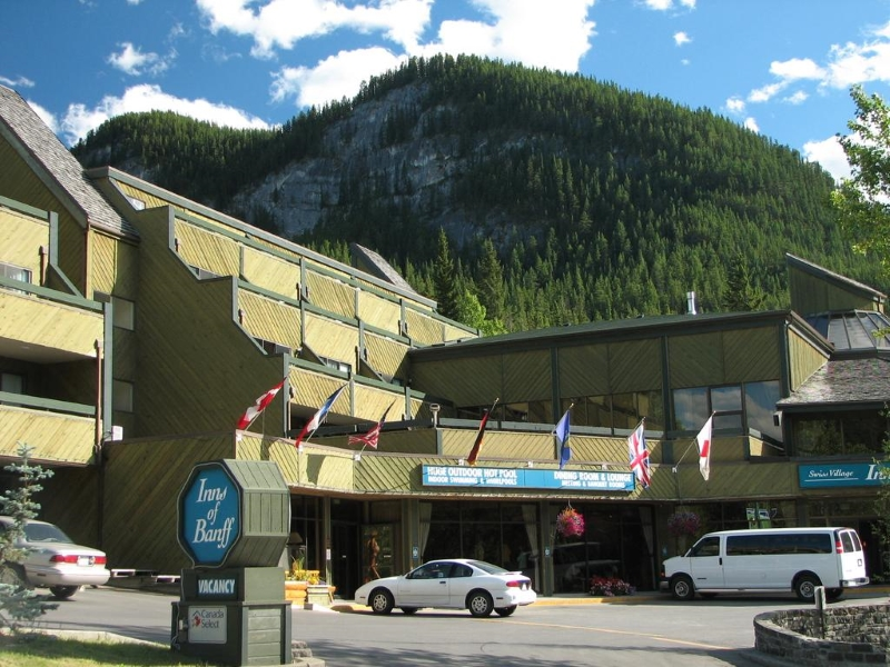 Golf Vacations at Inns of Banff