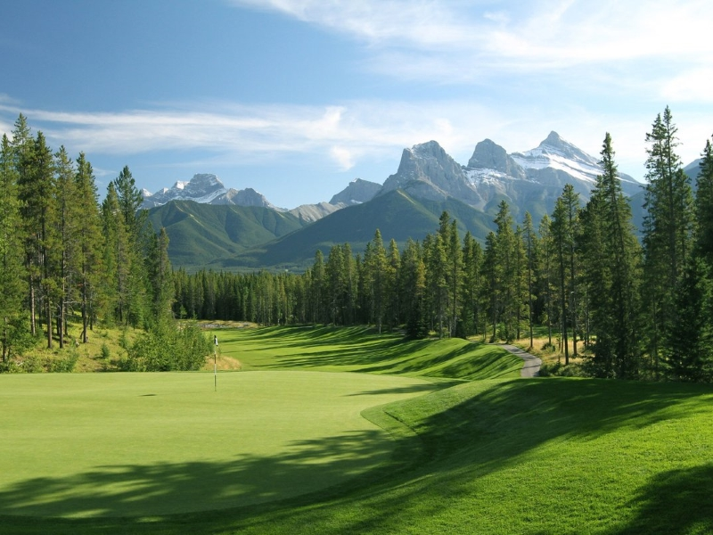 Golf Course in Canmore Alberta